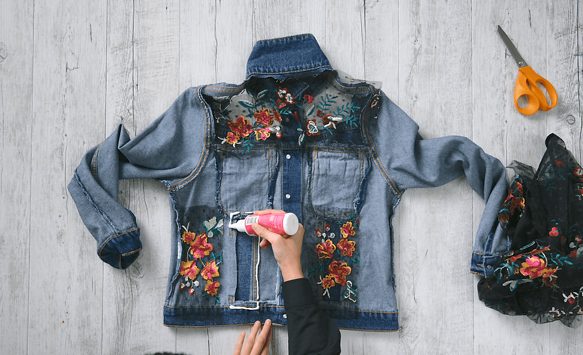 Upcycle your denim jacket Step 5
