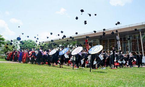 Graduates celebrating at RMIT Vietnam's Saigon South campus this week.