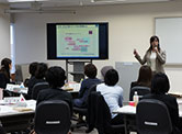 Seminar by an external instructor at the cross-industrial exchange training for female employees